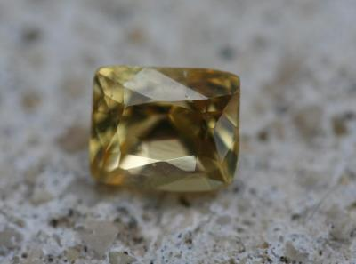 Saphir [0.75 ct]
